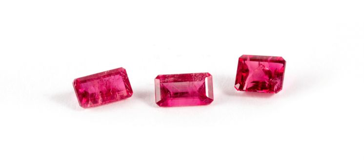 American Gemstones: Red Beryl from Utah