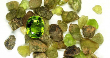 Birthstone Guide: Peridot for Those Born in August
